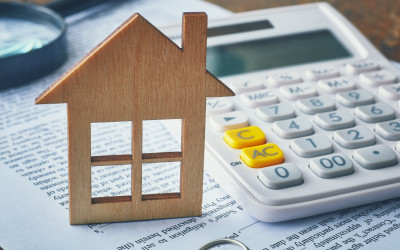 UK house prices jump by almost £5,000 in August